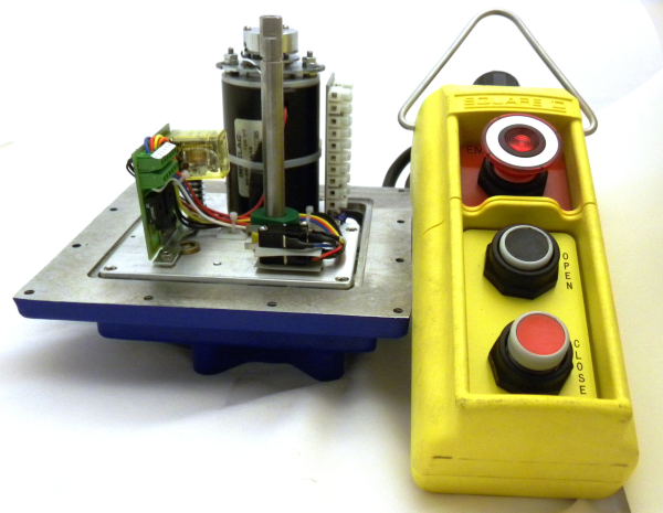 Indelac Electric Actuator M-Series NEMA 4 open with control
